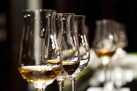 02955-wine-glasses-1246240__180.jpg