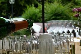 02992-champagne-215642__180.jpg