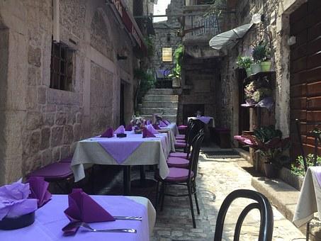 03059-restaurant-843832__340.jpg